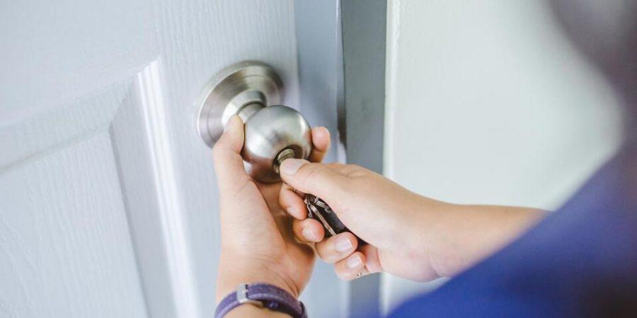 débloquer une porte d'entrée